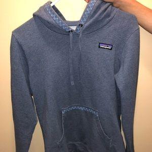 Patagonia Blue Hoodie w/ Pocket & Hood Detail